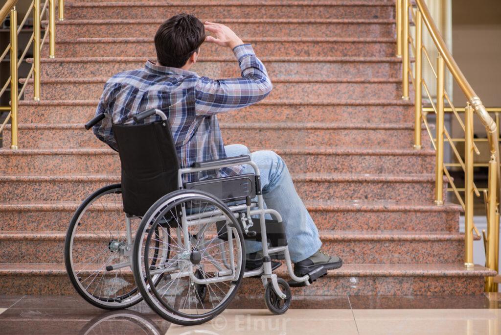 Engellilerin Mimari Yapılarda Çektikleri Sıkıntılar